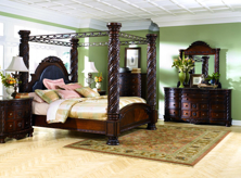 Picture of North Shore 6-Piece King Poster Bedroom Set