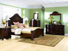 Picture of North Shore 6-Piece King Panel Bedroom Set