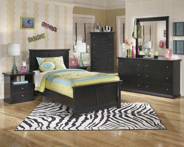 Picture of Maribel 6-Piece Youth Panel Bedroom Set