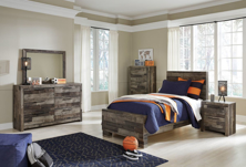 Picture of Derekson 6-Piece Youth Panel Bedroom Set