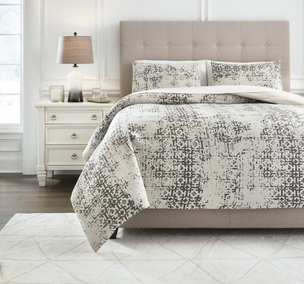 Picture of Addey King Comforter Set